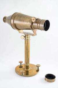 (Photo credit: Replica of 1840 Voigtlander Lens by National Museum of American History Smithsonian Institution)